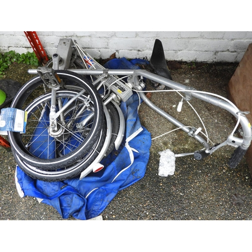 50 - Bickerton Folding Bike with Case...