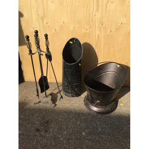 30 - 2x Coal Scuttles and Fire Tools