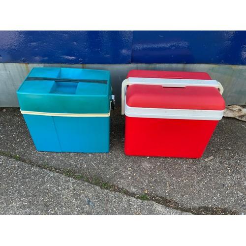 19 - 2x Picnic Cold Storage Boxes