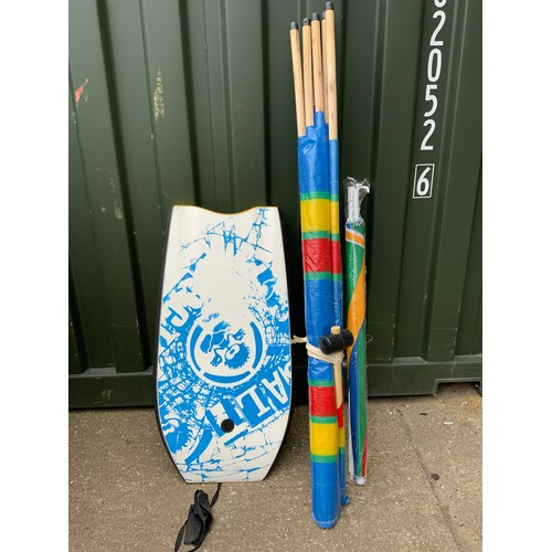 55 - Windbreak, Mallet, Parasol and Body Board