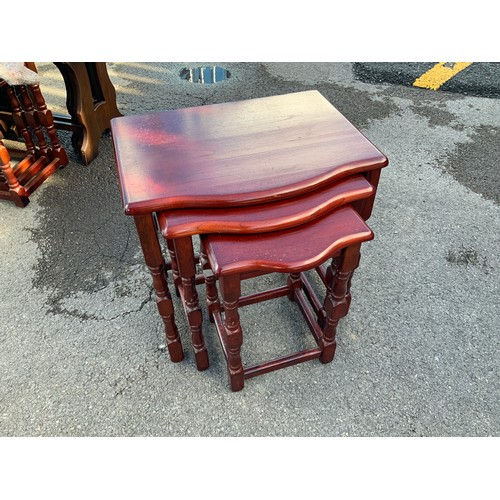 509A - Nest of Tables