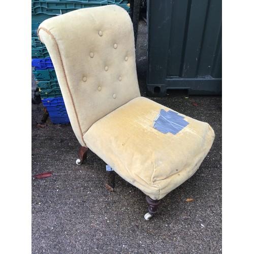 620 - Victorian Nursing Chair on Castors