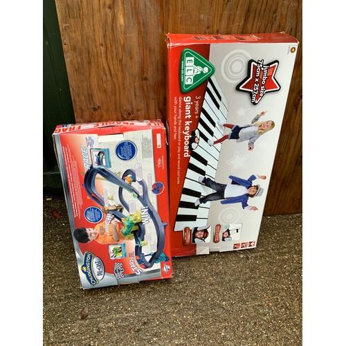 599 - Toys