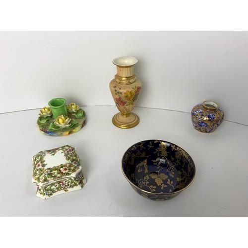 720 - Miniature China Items