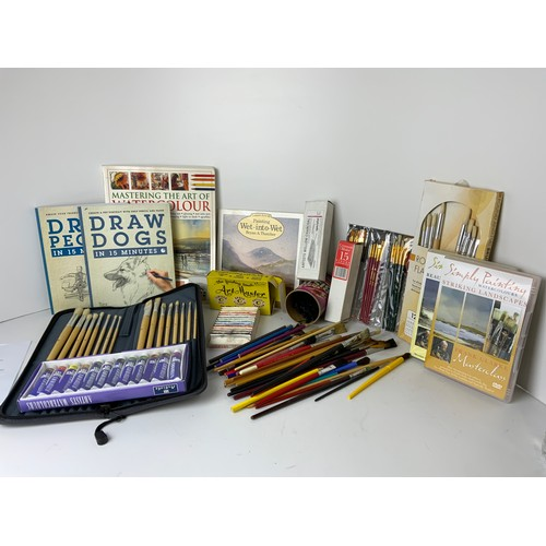 383 - Selection of Artists Materials