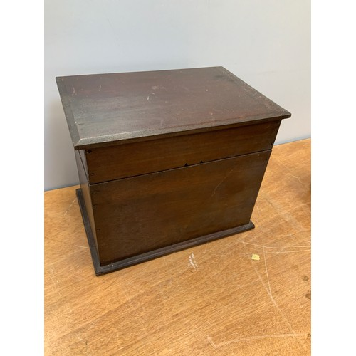785 - Pine Box