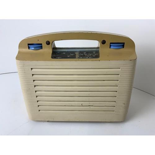 512 - Murphy U144 Bakelite Valve Radio