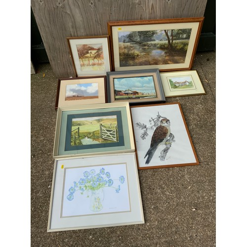 433 - Quantity of Framed Pictures