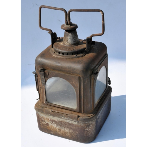 22 - Quantity of lamps, oil/grease cans one plated