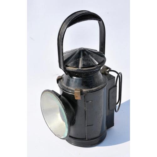 5 - SR Handlamp, LT handlamp, Bardic lamp. (3)...