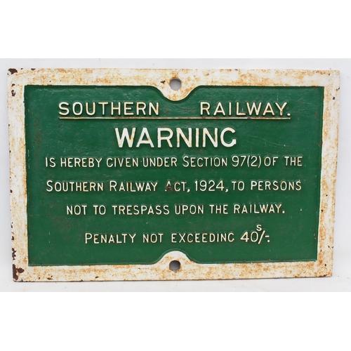 58 - Southern Railway C/I trespass notice (TPSR103), 24 3/8