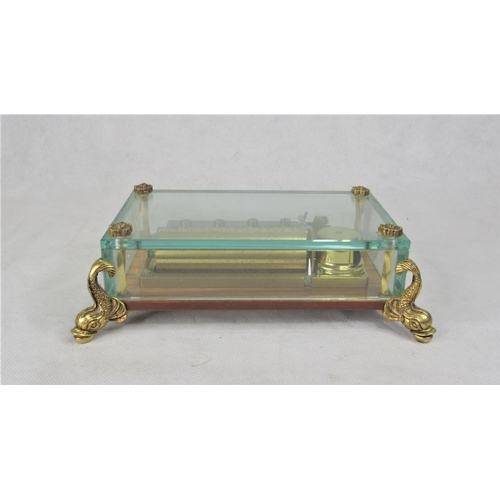 15 - A Very Good Swiss Music Box by Reuge. Three Song Cylinder (Edelweiss, Chariots of Fire, Lara's Theme...