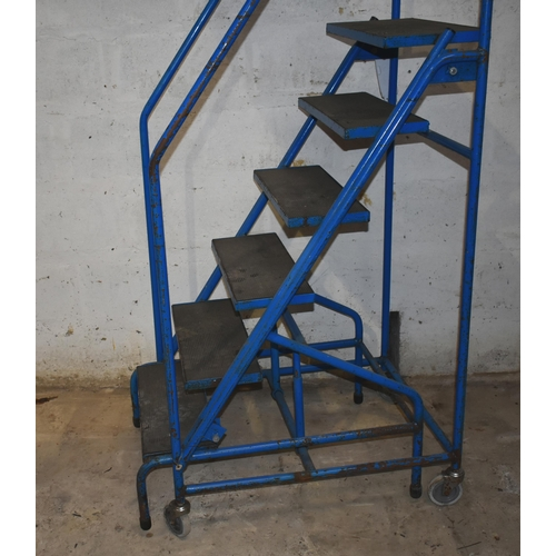 16 - A mobile step ladder                                                               Subject to VAT