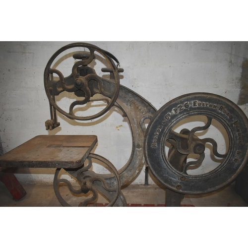 51 - A vintage bandsaw by HOPTON London                          Subject to VAT