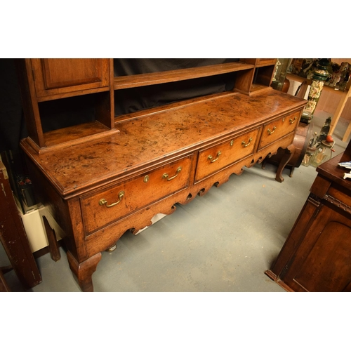 370 - George III oak dresser base with later rack with ogee moulded cornice with cabriole legs (very good ...