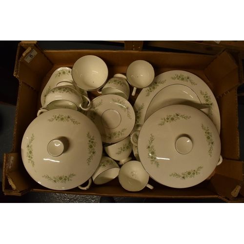5 - A collection of Wedgwood Westbury tea and dinner ware to include: 2 tureens/ veg dishes, 6 duos, gra...