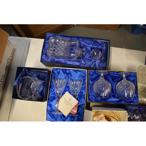 5C - A mixed collection of glass and crystal to include: Caithness, Royal Doulton, Tutbury etc Condition ...