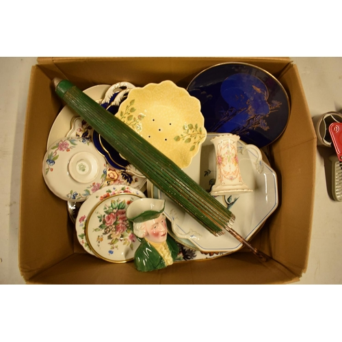 5N - A mixed collection of items to include a parasol, Carlton Ware, Aynsley etc  Condition is mixed. No ...