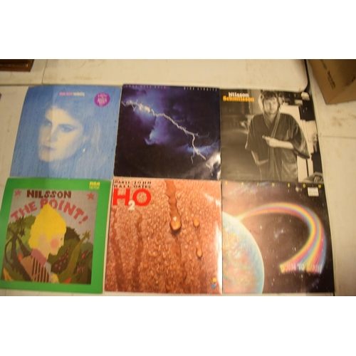 5X - A varied of collection of vinyl records to include easy listening, 80s, rock, blues etc (100+)  In u...