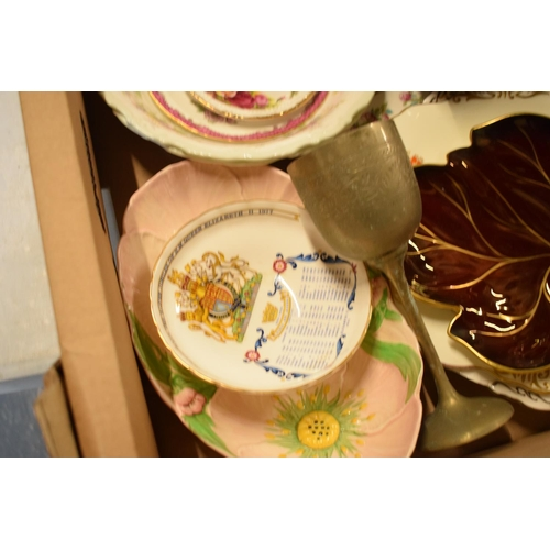 18 - A mixed collection of items to include a Royal Albert Old Country Roses pin dish, Royal Albert Colle...
