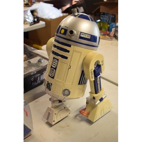 14 - A collection of Star Wars toys to include Mr Potato Head Spud trooper, Artoo-Potato, Han Solo as Pri...