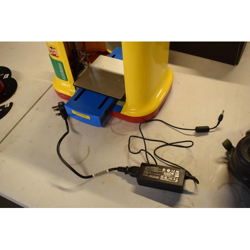 22 - XYZ Da Vinci Mini Maker 3D Printer With Instructions and various spools. Untested. Please note it ma...