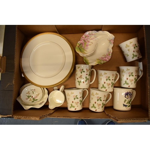 27 - A mixed collection of pottery include Wedgwood Wild Strawberry, Royal Doulton Royal Gold plates, Roy...