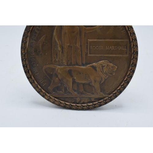 221 - A British World War One (WW1) Death Plaque/ Death Penny named to Roger Marshall set in a copper surr...
