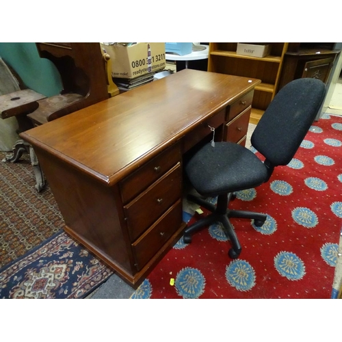 49 - An office desk and chair...