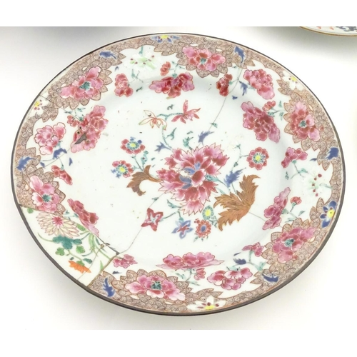 21 - A quantity of oriental ceramics, to include an 18thC floral plate, an Imari bowl with panelled decor...