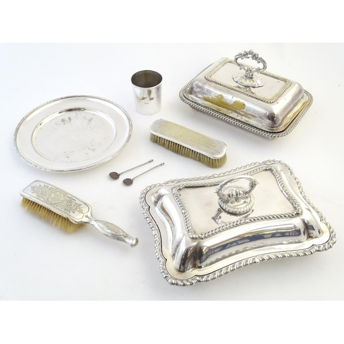 368 - A quantity of silver plated wares to include entre dishes, hair brush, beaker etc....