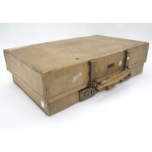 35 - A vellum trunk. Approx. 24