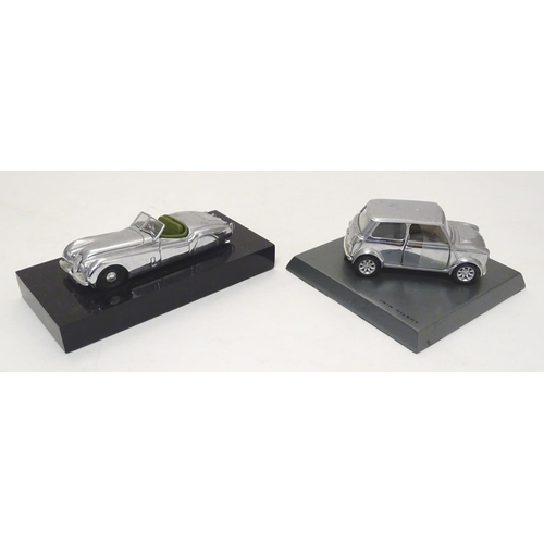 857 - Toys: Two Corgi die cast scale model cars to include Corgi Connoisseur Collection limited edition Ja...