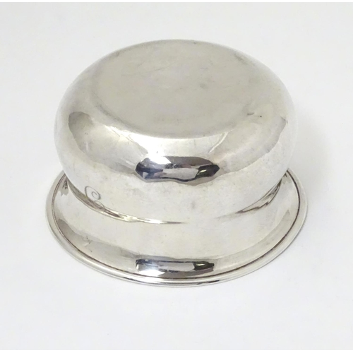 261 - A silver sugar bowl hallmarked Birmingham 1904 maker George Unite & Sons.  3 1/2
