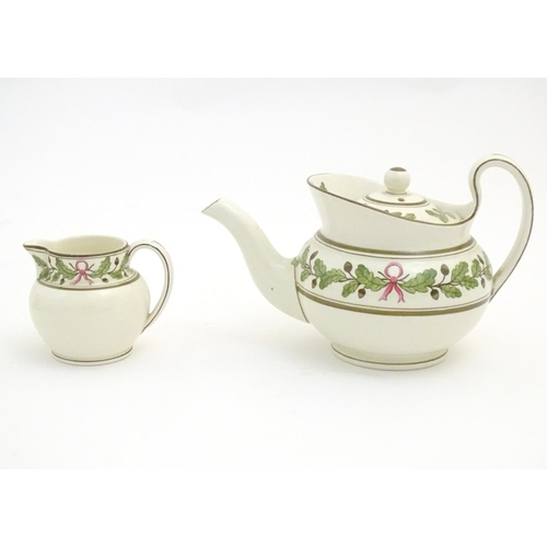 89 - Wedgwood teawares in the pattern Etruria manufactured for James Powell & Sons. Comprising a teapot, ...