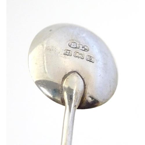 355 - A set of six silver coffee bean spoons, hallmarked Birmingham 1928, maker William Suckling Ltd. 4