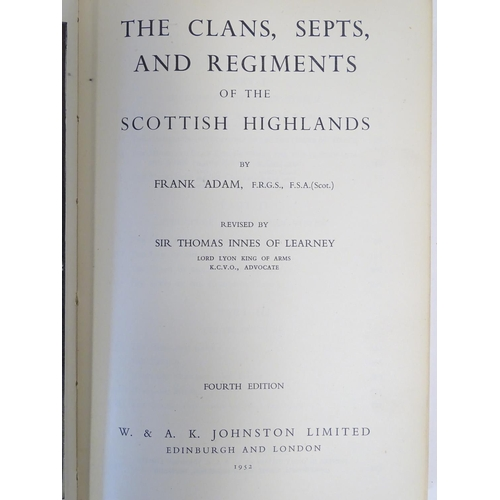 744 - Books: WWI/WW1/First World War: Battle of Jutland Official Despatches, c1920, 2 cases containing 27 ...