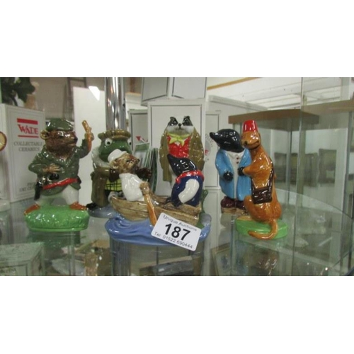 187 - 6 Wade Wind in the Willow figurines including Ratty, Toad, Badger, Mole, Weasel and Special, with ce...