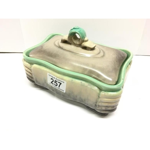 257 - An art deco novelty trinket box...