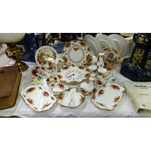484 - Approximately 30 pieces of Royal Albert Old Country Roses...