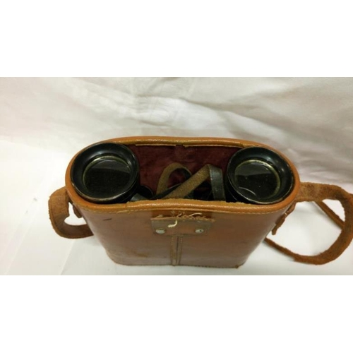 493 - 5 sets of good quality binoculars including Hilkinson of Newmarket 8 x 40 wide angle, Denhill Wasta ...