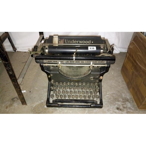 638 - An early 20th century Underwood typewriter...