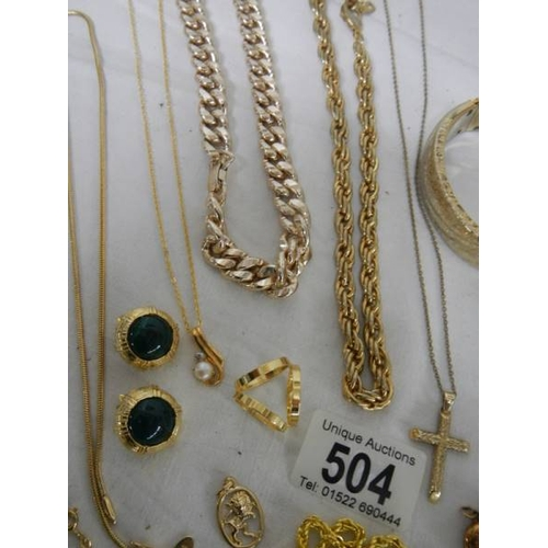 504 - A mixed lot of gold coloured jewellery....