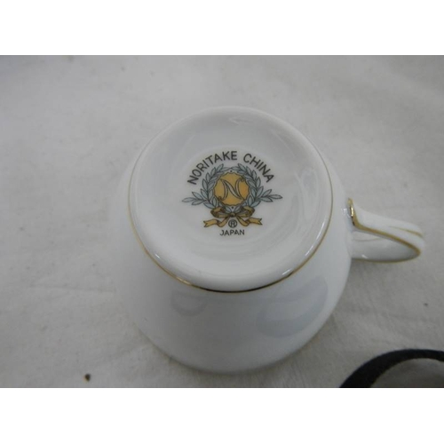 540 - 22 pieces of Noritake china tea ware including teapot and water jug....