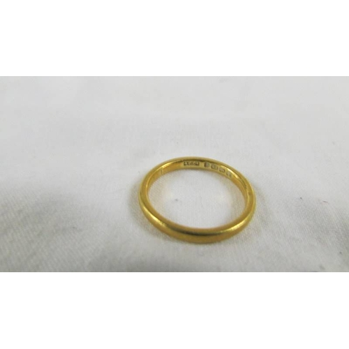 43 - A 22ct gold wedding ring, size L, 3.5 grams....