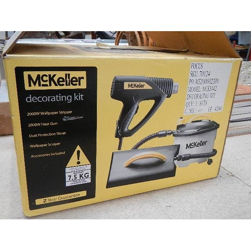 322 - A new boxed McKeller decorating set and a Power Devil pressure washer.