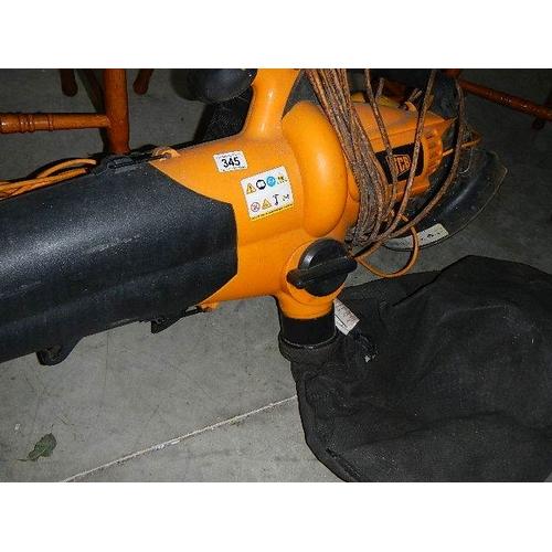 345 - A JCB leaf blower and a JCB strimmer.