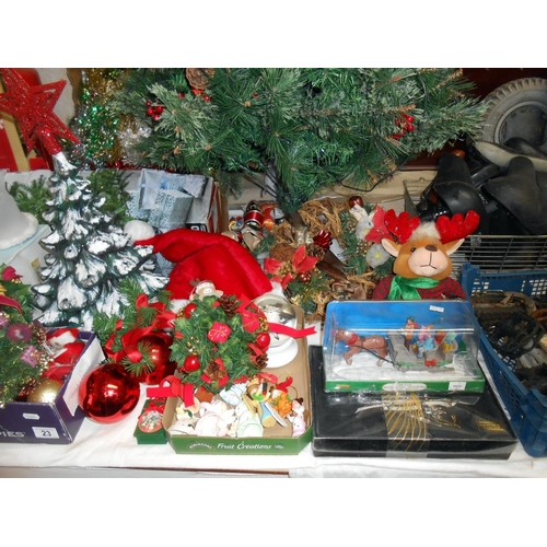 23 - A good lot of Christmas decorations, only 39 weeksa to go!) includes a tree