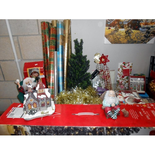 29 - A good lot of Christmas decorations etc including many packs of new unopened Christmas cards, and 20...