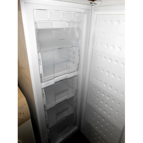 37 - A Beko 5 drawer upright fridge